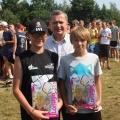 Nagrody dla najmłodszych uczestników Plażówki  w Przybrodzinie